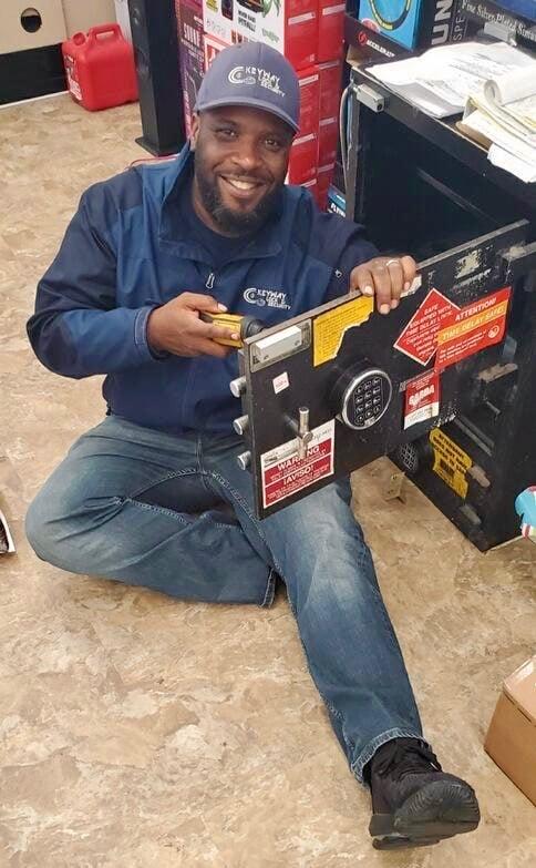 safe locksmith in chicago repairing a safe