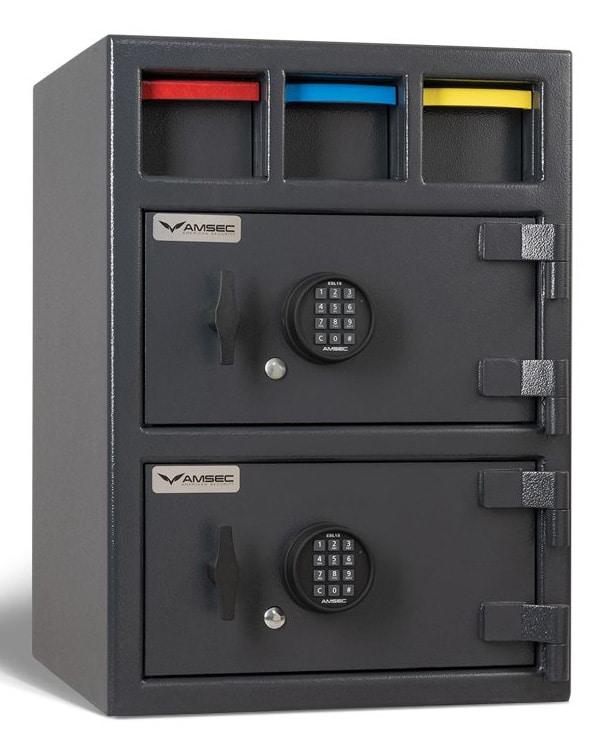 front of an AMSEC MM28203 Drop E15 safe
